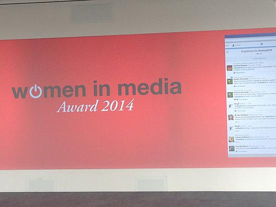 Women in Media Leinwand