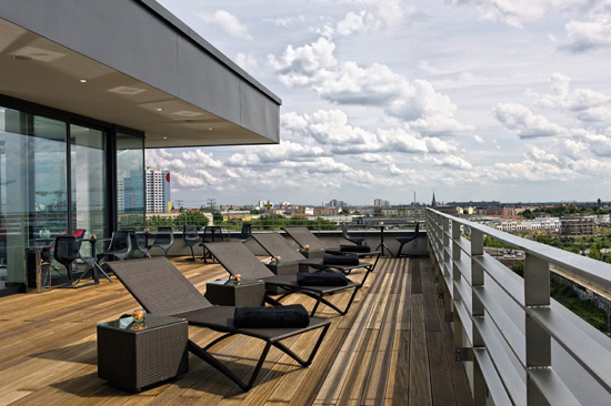 andel's Hotel Berlin Terrasse Ausblick