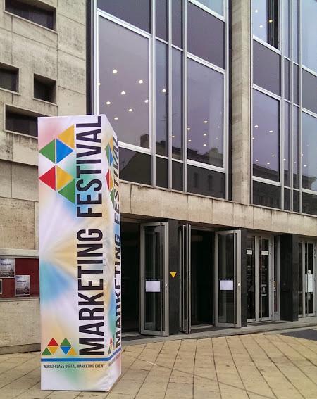 Marketing Festival Eingang